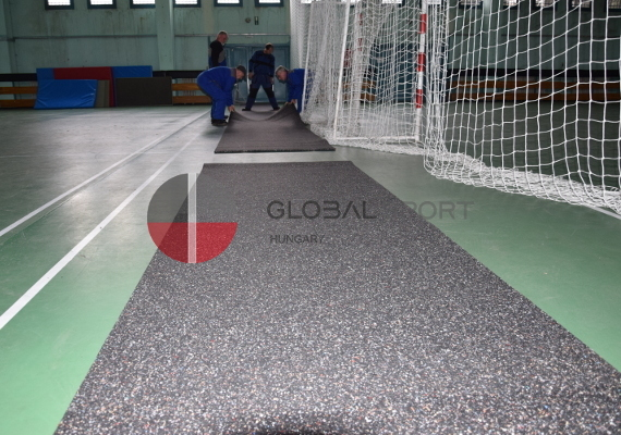 Rubber sport surface in rolls and puzzle tiles 4